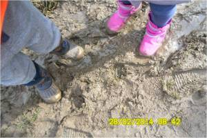 Bizzy Tots Welly Walk and Talk 2